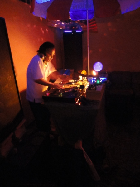 djkensaw_livingroom_soundchannel